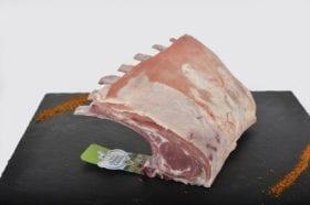 Placez les manches vers le haut, ainsi la viande sera arrosée par la graisse fondante.